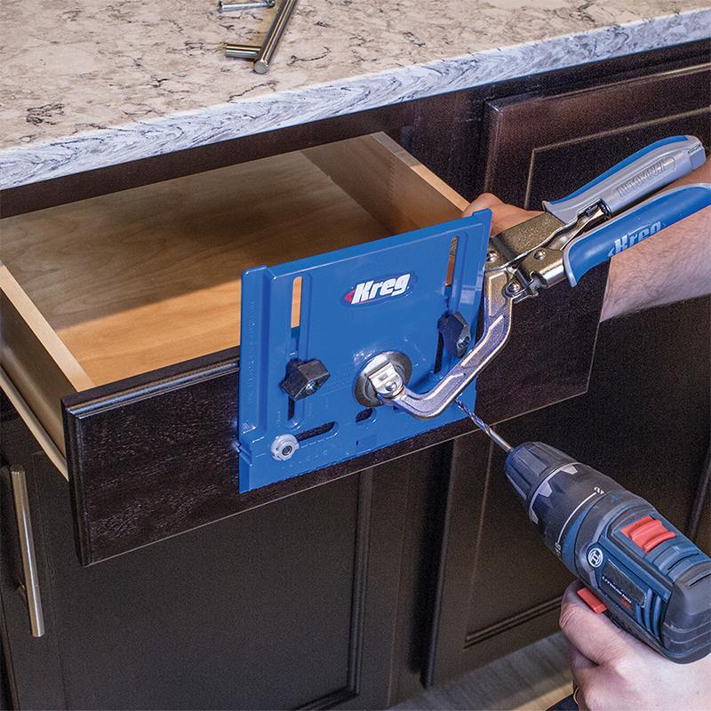 Gabarit pour installation de poign es de meubles - Gabarit de percage ...