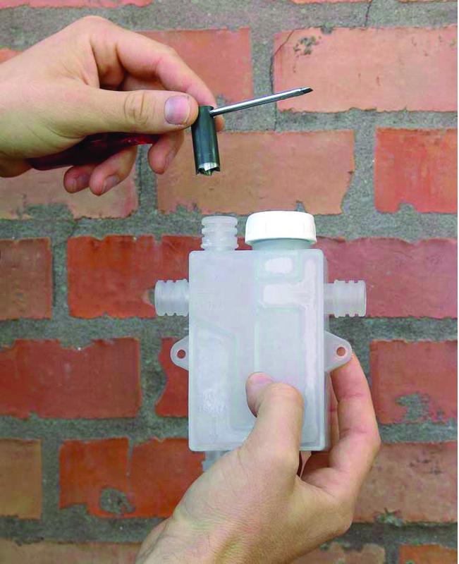 kit siphon pour l 39 vacuation des condensats siphon condensats outillage professionnel discount. Black Bedroom Furniture Sets. Home Design Ideas